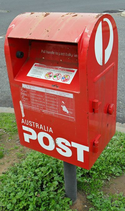 Australia_Post_box-small
