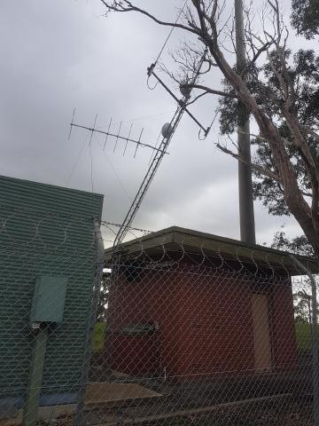 VK5RWN D-Star repeater site antenna tower replacement  | AREG